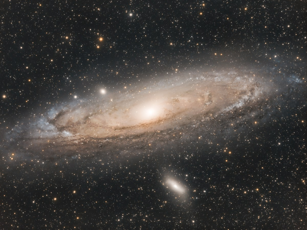 Astrophotography  The Andromeda Galaxy - M31 photo